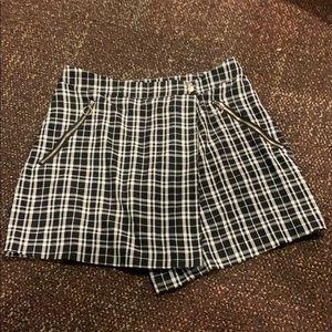 Plaid Black and White Mini Skirt